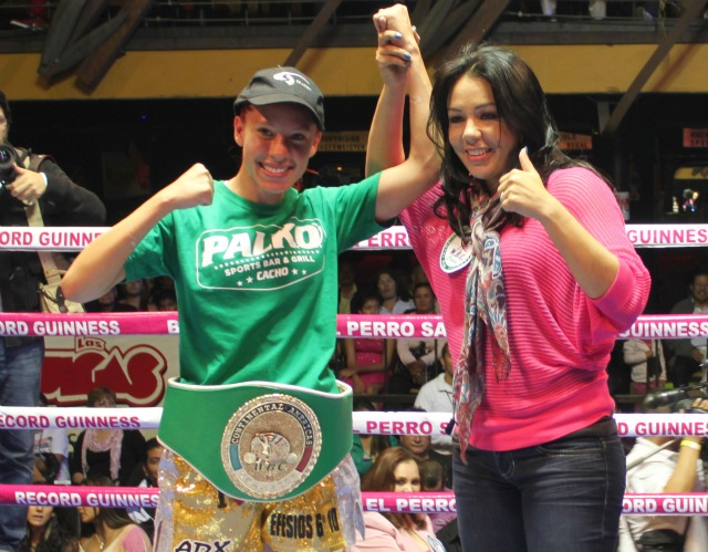 "The last time super flyweight Joselyn ""Princesa Tapatía"" Arroyo (12-0-0, 4 KOs) from Guadalajara, Jalisco, Mexico hoping to keep her unblemished record in tack when facing Karla ""La Capo"" Mora"