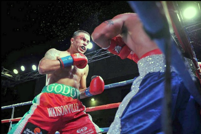 After suffering a nasty cut over his right eye, welterweight prospect Oscar Godoy of Watsonville, CA improved his record to (11-2-0, 6 KOs) with a TKO victory over Rogelio Castaneda Jr. (26-17-3, 8 KOs).  Photo: Thompson Boxing Promotions