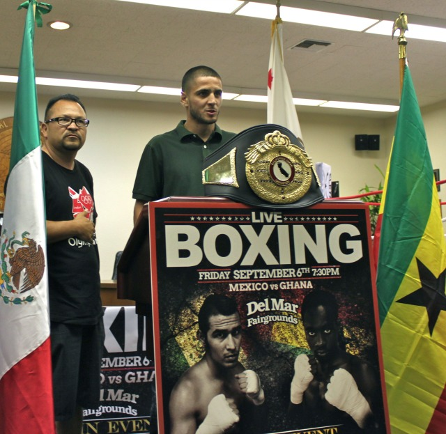 Being the cousin of top professionals Javier, Oscar and Carlos Molina has been a big help in preparing hot prospect Danny Ramirez for his career in the ring.
