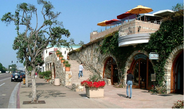 Del Mar's downtown is loaded with fine dining establishments.