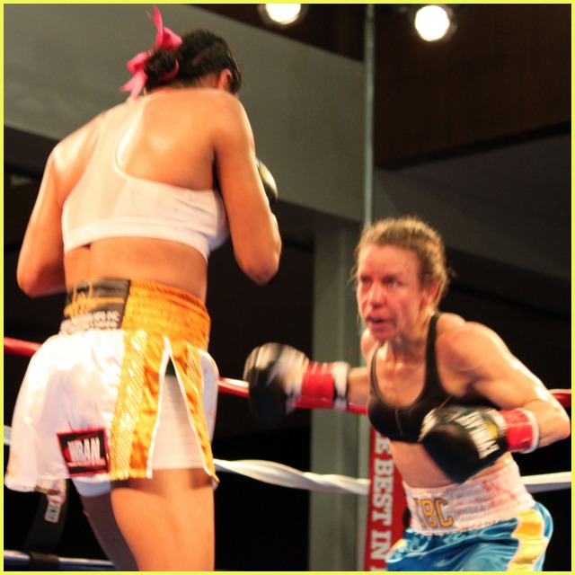 By the fourth round, you could see the effects of the punishing jab and occasional straight right hands to Jolene Blackshear's face. Photo: Jim Wyatt