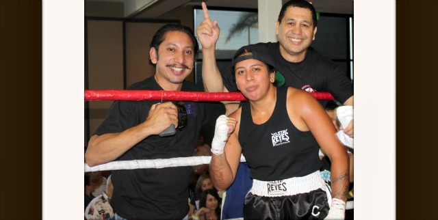 "In her amatuer debut it was Rosalea ""The Villain"" Virata of the National City CYAC getting the best of Jeanna ""The Dark Horse"" Carrillo from the U. S. Marshals Service. Photos: Jim Wyatt"