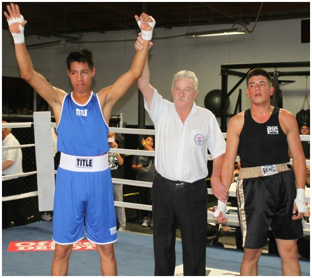 In Bout #4, it was Bryan Garcia (l) of the United Boxing and Fitness Gym getting the knockout victory over Favian Vaca.