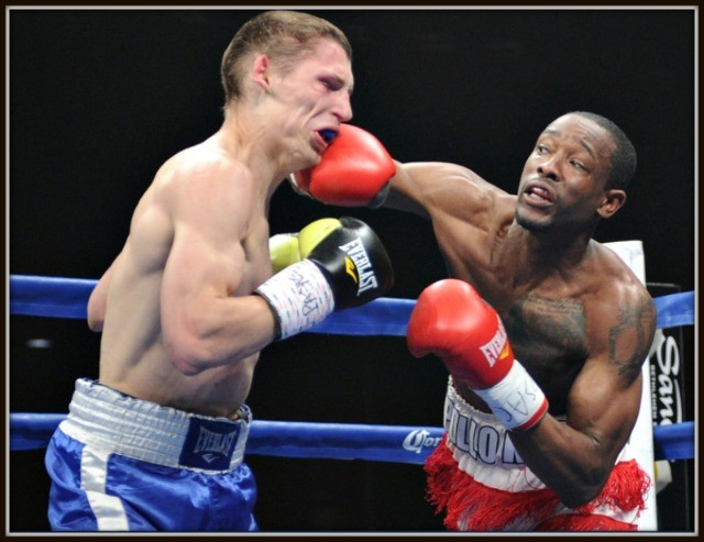 John Thompson is shown landing the big overhand right on Stanyslav Skorokhod's chin. All photos:  Emily Harney/Banner Promotions