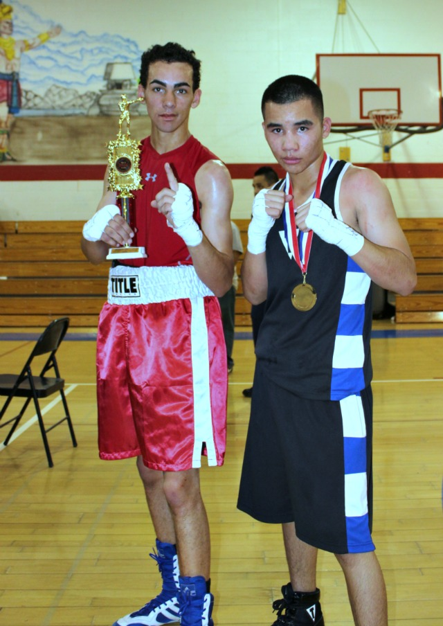 At the conclusion of Bout #12, we had Erik West (122 lbs., 21 bouts) from the Lee Espinoza Coachella Valley Boxing Club, Coachella, Calif. going up against 17 year-old Angel Castro (119.6 lbs., 2-6) of the Baja Boxing Club, Calexico