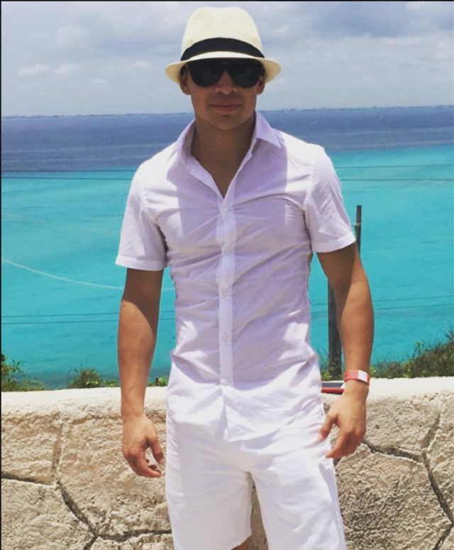"After his second win, the fashionable Genaro ""El Conde"" Gamez took a much deserved vacation with his family."